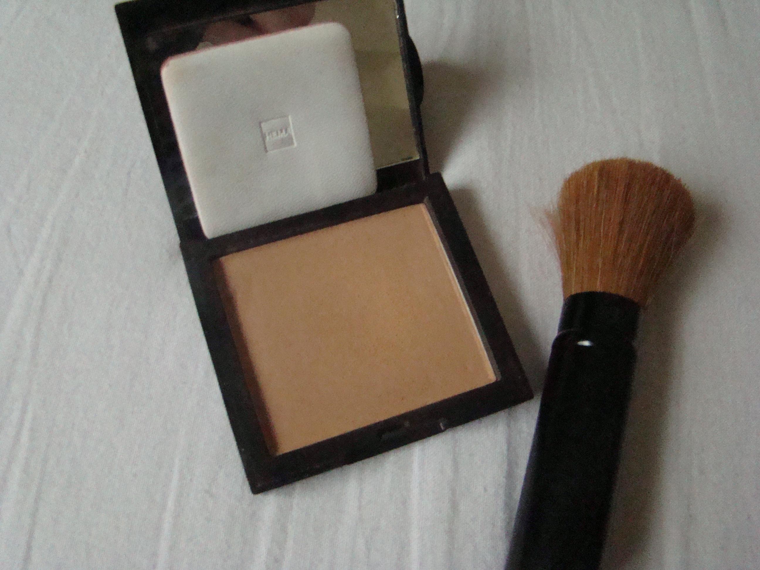 Maquillage des yeux : choisir et appliquer sa poudre